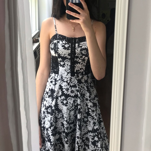 Aeropostale Dresses & Skirts - Aeropostale Floral Skater Skirt 💐